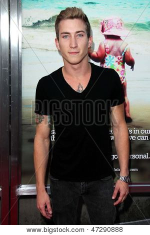 LOS ANGELES - JUN 12:  Talon Reid arrives at the