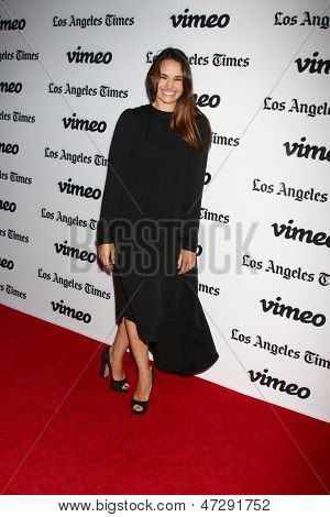 LOS ANGELES - JUN 26:  Mia Maestro arrives at the