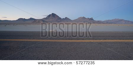 Highway Passes Great Bonneville Salt Flats Silver Island Mountains