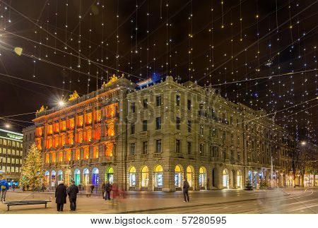 Paradeplatz And Bahnhofstrasse In Zurich Decorated For Christmas
