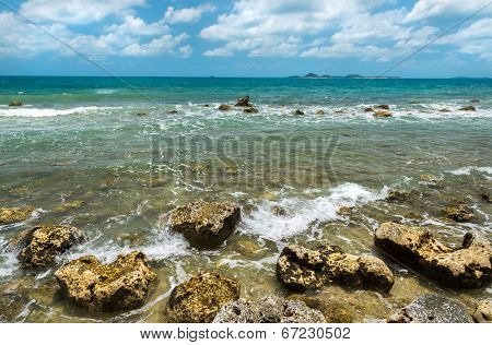 Seascape View of rocky beach at Koh Samui Thailand