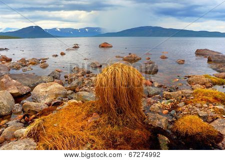Abisko, s national park.  Sweden . Norrbotten.  Lapland.  Lake Tornetrask
