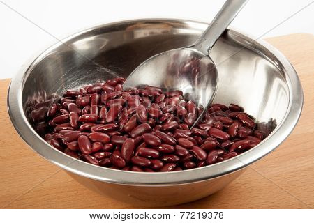 Red Kidney Beans  In A Bowl With Scoop