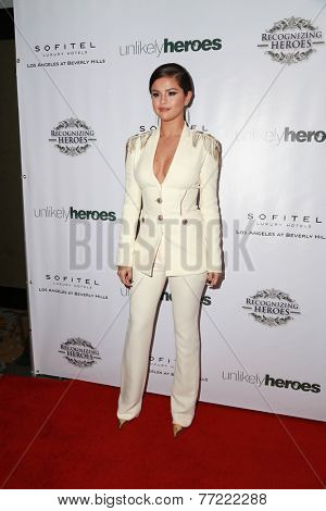 LOS ANGELES - NOV 8:  Selena Gomez at the 3rd Annual Unlikely Heroes Awards Dinner And Gala at the Sofitel Hotel on November 8, 2014 in Beverly Hills, CA