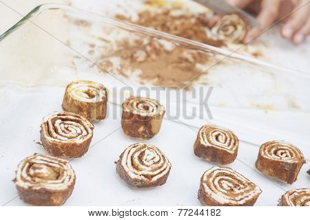 Cutting Dessert