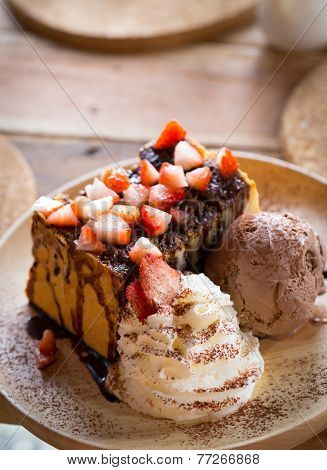 Strawberry Chocolate Honey Toast