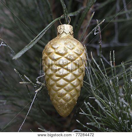 Pine cone Christmas ornament