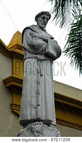 Saint Francis statu