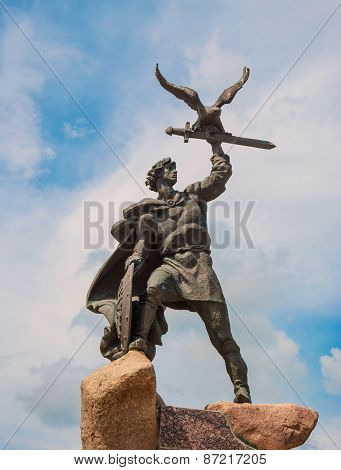 Sculpture Old Russian warrior