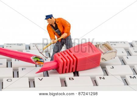 workers, network connectors, keyboard, symbolic photo for internet failure, maintenance, problem solving,