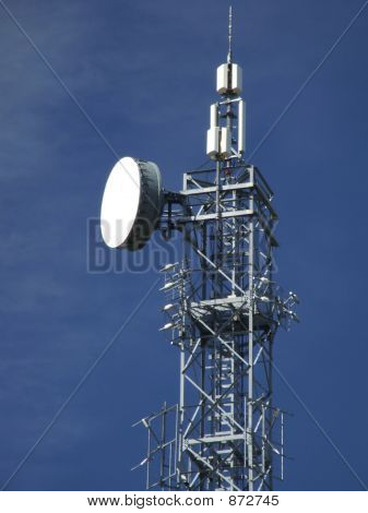 Wireless Gsm Transmitter Tower Top