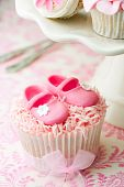 image of sugarpaste  - Cupcakes decorated with a baby shower theme - JPG