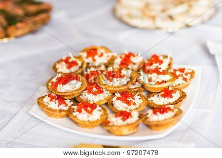 Tartlet  with cream and caviar