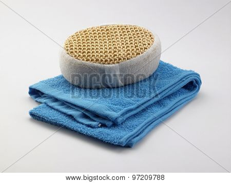lufa sponge on the towel