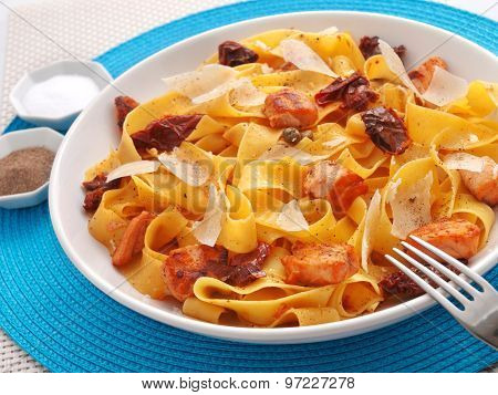 Fettuccine With Dried Tomatos