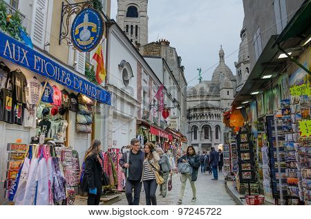 Street scene in Montmartre, Paris