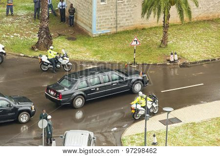 President Barak Obama Leaves The African Union Commission In His Presidential Car
