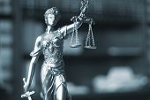 Постер, плакат: Law Office Legal Statue Themis