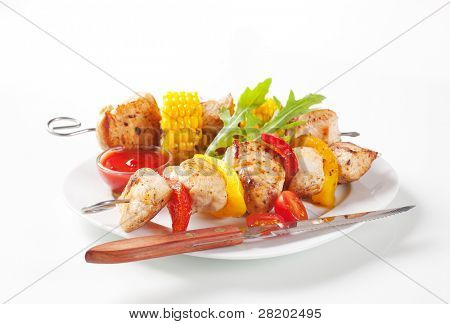 Skewers with meat and vegetables