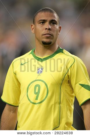 BARCELONA, SPAIN - MAY. 25: Brazilian player Ronaldo before the friendly match between Catalonia vs Brazil at Nou Camp Stadium on May 25, 2004 in Barcelona, Spain