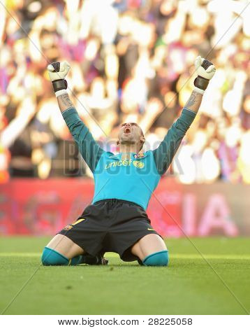 BARCELONA, SPAIN - MAY 16: Victor Valdes of Barcelona during a Spanish League match between FC Barcelona and Valladolid at the Nou Camp Stadium on May 16, 2010 in Barcelona, Spain
