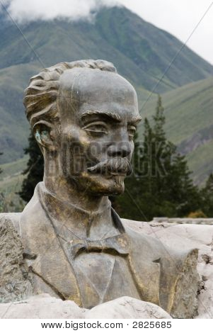 Statue Mitad Del Mundo Quito  Ecuador