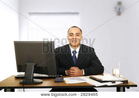 Financial Advisor Waiting