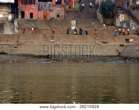 Hindus Perform Ritual Puja