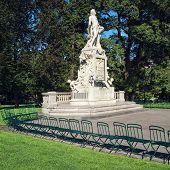 picture of mozart  - Mozart Statue at Burggarten  - JPG