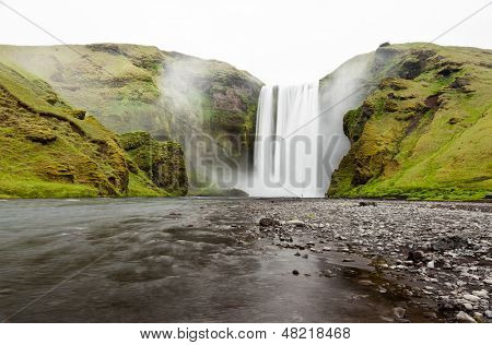 Skogafoss is a waterfall situated in the south of Iceland.  It is one of the biggest waterfalls in the country with a width of 25 metres (82 feet) and a drop of 60 m (200 ft).