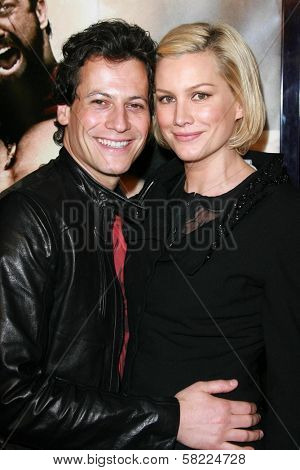 Ioan Gruffudd and Alice Evans at the Los Angeles premiere of