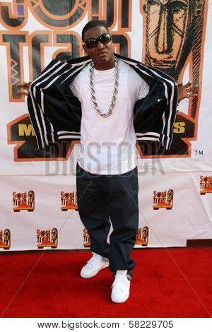 Yung Joc arriving at the 21st Annual Soul Train Music Awards. Pasadena Civic Auditorium, Pasadena, CA. 03-10-07