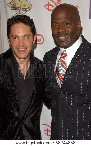 Dave Koz and D'Wayne Wiggins at Starlight Starbright Children's Foundation's