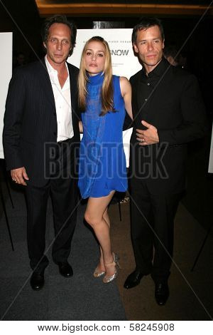 William Fichtner with Piper Perabo and Guy Pearce at the Los Angeles premiere of