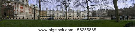 London, Uk - March 30, 2006: Horse Guards Parade And Admiralty House On March 30, 2006 In London, Uk