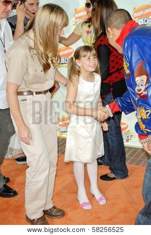 Terri Irwin with Bindi Irwin and Chris Brown at Nickelodeon's 20th Annual Kids' Choice Awards. Pauley Pavillion, Westwood, CA. 03-31-07