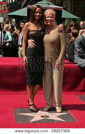 Halle Berry and her mother Judith at the ceremony honoring Halle Berry with the 2,333rd star on the Hollywood Walk of Fame. Hollywood Boulevard, Hollywood, CA. 04-03-07