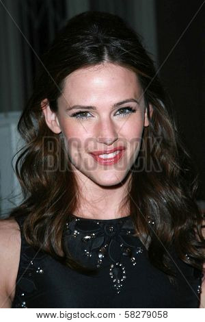 Jennifer Garner at the Oscar De La Renta Boutique Opening Benefiting EIF Women's Cancer Research Fund. Saks Fifth Avenue, Beverly Hills, CA. 04-18-07