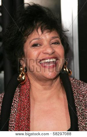 Debbie Allen at the world premiere of