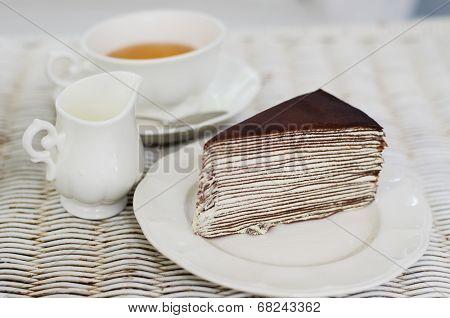 Crape Cake With English Tea