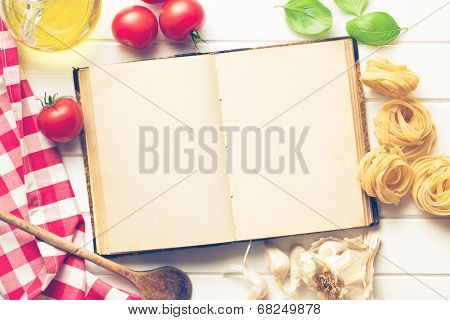 the blank recipe book and fresh ingredients