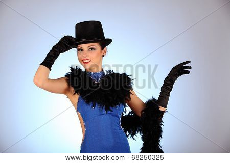 Burlesque dancer with red blue dress for latina dance