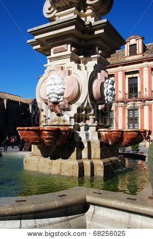 Fountain in Plaza Virgen de los Reyes, Seville.