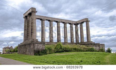 Edinburgh Calton - The National Monu Hill -ment