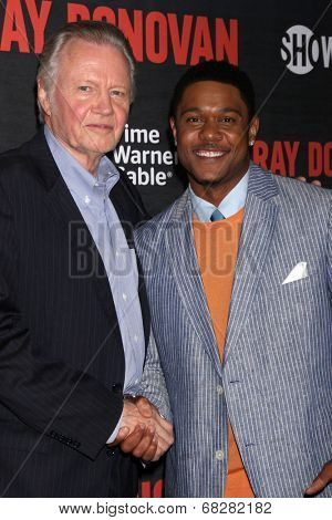 LOS ANGELES - JUL 9:  Jon Voight, Pooch Hall at the