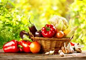 picture of wooden basket  - Vegetables - JPG