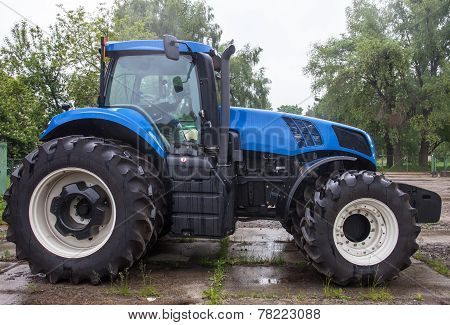 Big Blue New Tractor