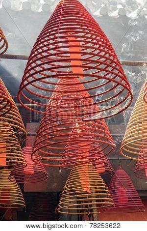 Spiral incense burners