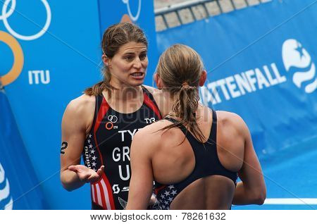 Sarah Groff Discussing With Lindsay Jerdonik