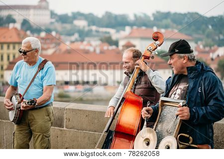 Street Buskers Performing Jazz Songs On The Charles Bridge In Prague